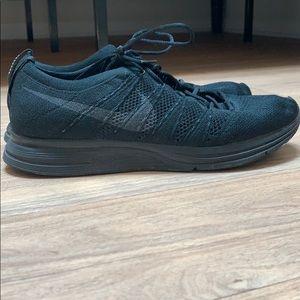 Nike Flyknit Trainer - Unisex 10M/11.5W